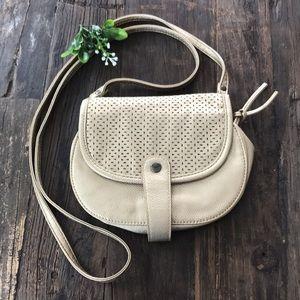 🌟HOST PICK🌟 ROXY gold cutout crossbody purse